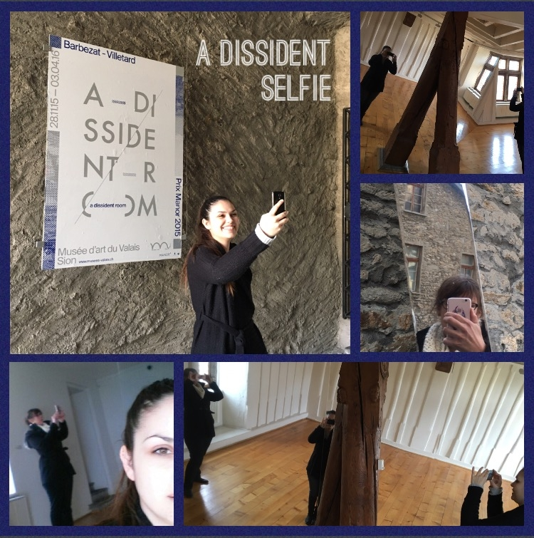 Take your dissident selfie and win !